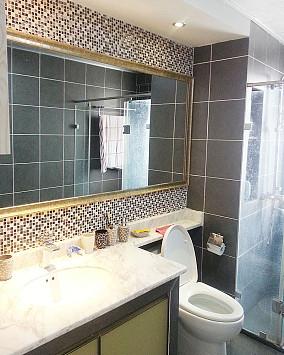 大小75平现代二居卫生间效果图片欣赏