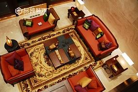 东南亚风格客厅沙发摆放效果图
