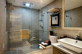 现代家居卫生间装修隔断效果图