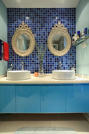 地中海风格装修卫生间瓷砖效果图