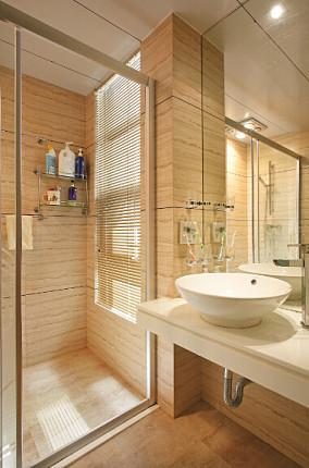 热门74平米欧式小户型卫生间装修实景图