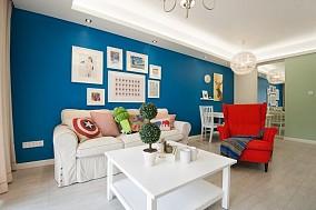 蓝色背景墙,仿佛在梦境里。13137717