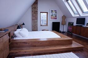 斜顶阁楼卧室装修