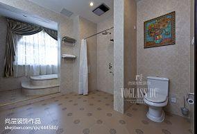 热门111平米混搭别墅卫生间装修设计效果图片