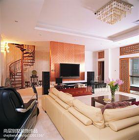 豪华大气欧式客厅设计装修效果图