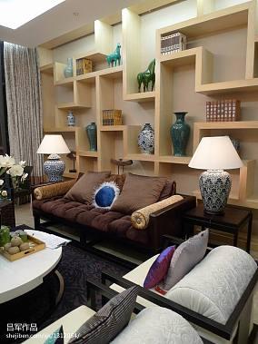 中式板房客厅置物架装修效果图