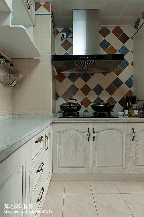 精美面积96平混搭三居厨房装修实景图片