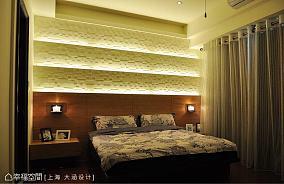 典雅的复式主卧室效果图