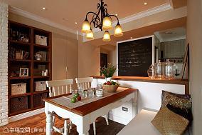 田园设计客厅窗帘效果图