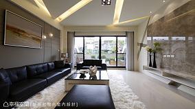 粉色的色调加上各个角落摆满装饰物,充满了温馨和快乐的客厅