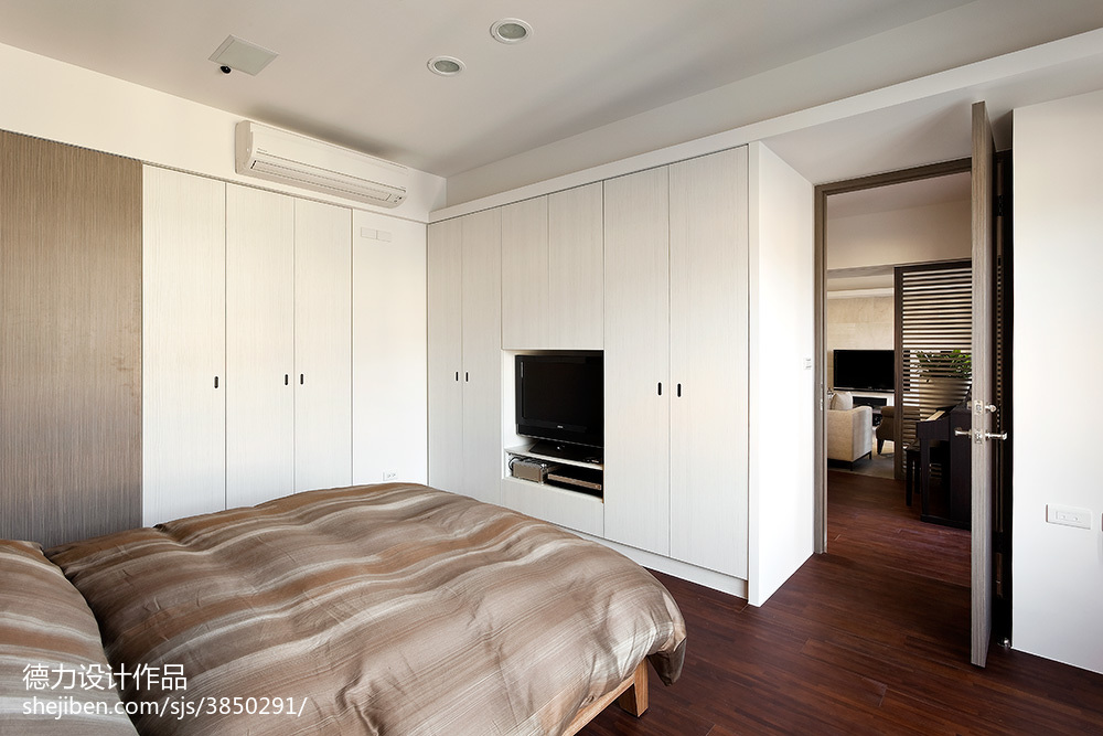 现代时尚风格卧室衣柜设计效果图