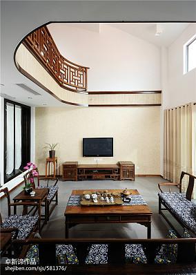 精选中式复式客厅实景图片