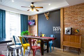 混搭风格餐厅背景墙装修设计