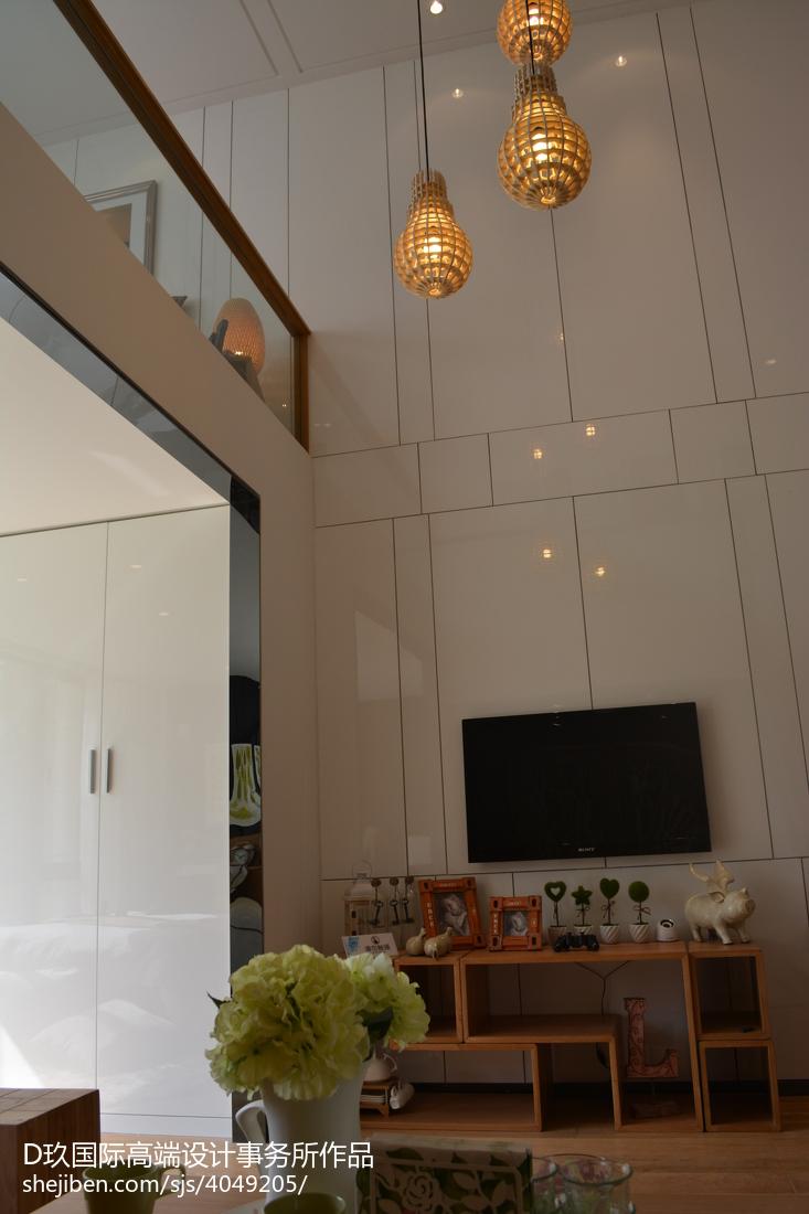 复式客厅大吊灯
