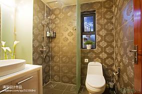 简洁73平现代二居卫生间实拍图