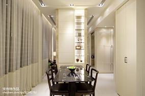 斜顶卧室装饰