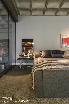 轻奢31平现代小户型卧室装修效果图