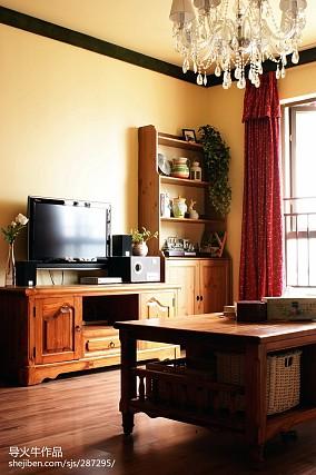 2018精选面积107平田园三居客厅装修实景图片欣赏