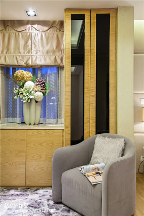 面积142平别墅衣帽间现代装修设计效果图片欣赏