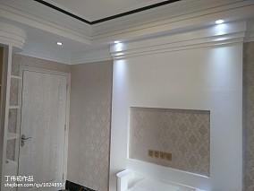 现代中式设计复式客厅装修图片