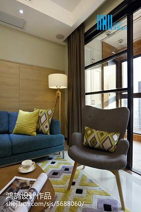 面积104平简约三居客厅装修设计效果图片