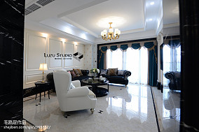 2018精选90平米三居客厅新古典装修实景图