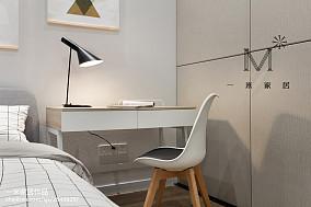 2018大小99平现代三居卧室装饰图片欣赏
