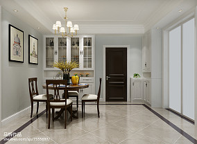 轻奢卧室门对厨房门装修图