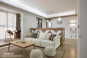 华丽130平现代三居装饰图片