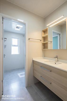 精选105平米三居卫生间日式装修欣赏图片大全