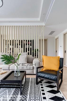 精美面积143平混搭四居客厅装修欣赏图片