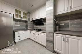 精选面积124平混搭四居厨房装修实景图