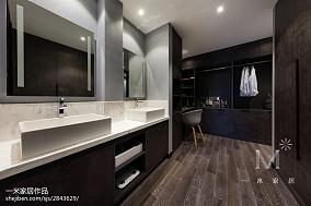 四居卫生间现代装修欣赏图