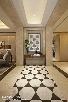 热门面积104平简欧三居玄关装修设计效果图片欣赏