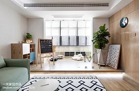 简洁120平北欧三居客厅装修案例