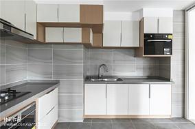 精美面积96平简约三居厨房装修欣赏图