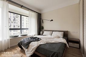 轻奢87平现代三居卧室实拍图