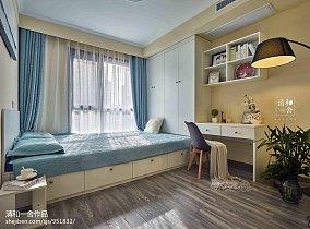 暖色系卧室设计图