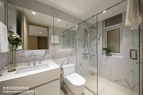 热门现代二居卫生间装饰图片大全