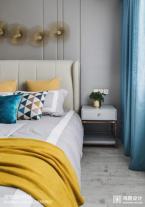 精选87平方二居卧室现代装修图