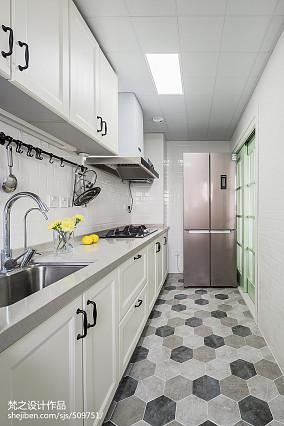 2018面积101平美式三居厨房装修实景图片大全