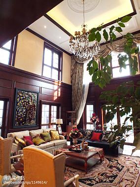 122平米新古典别墅客厅装饰图