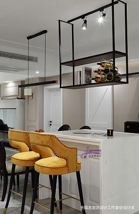 美式三居客厅吧台设计