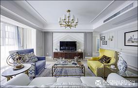 精致美式四居客厅吊灯设计图片