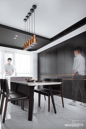 2018精选135平米四居餐厅现代装修图