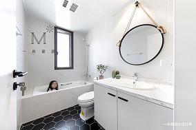 明亮58平现代二居卫生间装修图片