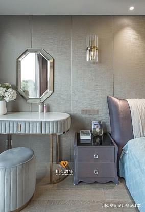 现代奢华卧室梳妆台设计图