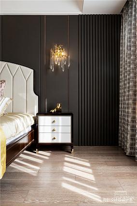 温馨129平美式四居卧室装饰图片