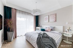 华丽96平北欧三居卧室装修图