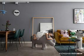 浪漫90平混搭三居客厅设计效果图